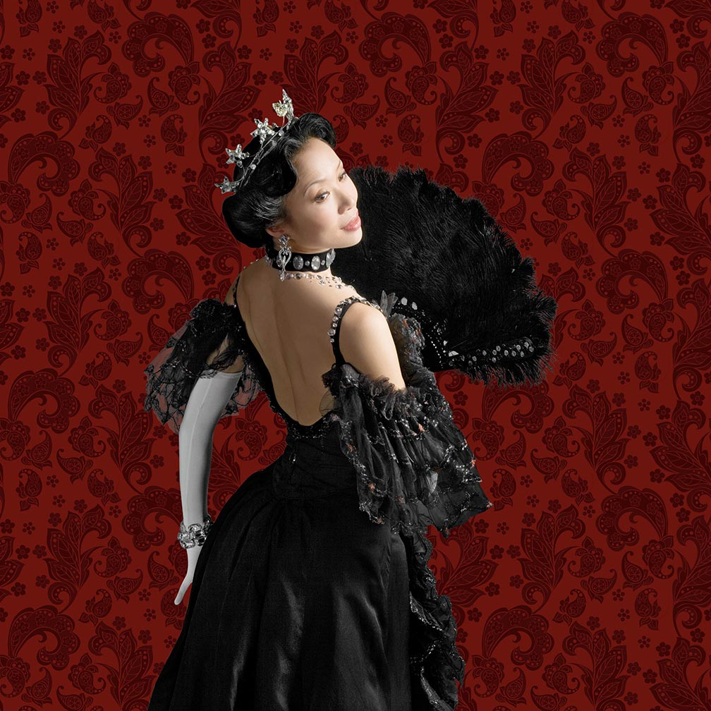 Xiao Nan Yu in The Merry Widow. Photo by Cylla von Tiedemann