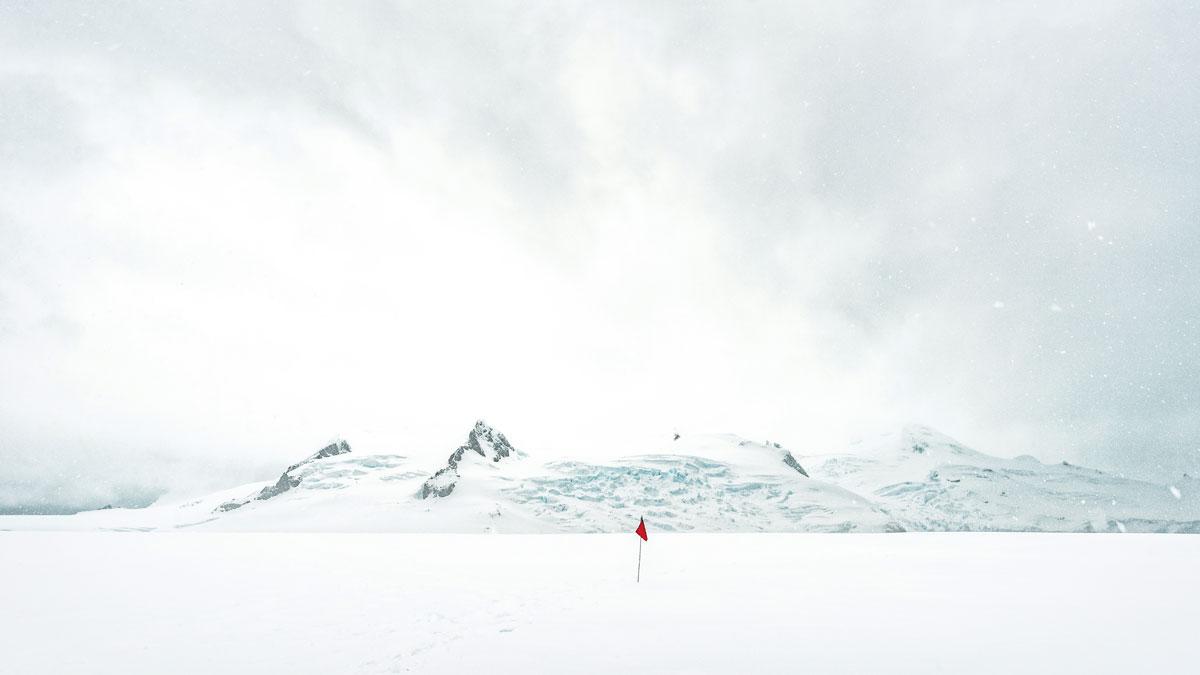 Antarctica-HalfMoonIsland