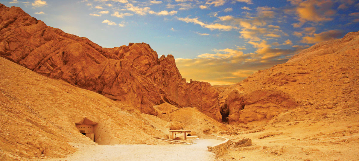 The Valley of the Kings resembles an abandoned quarry and purposefully does not call attention to riches buried below.