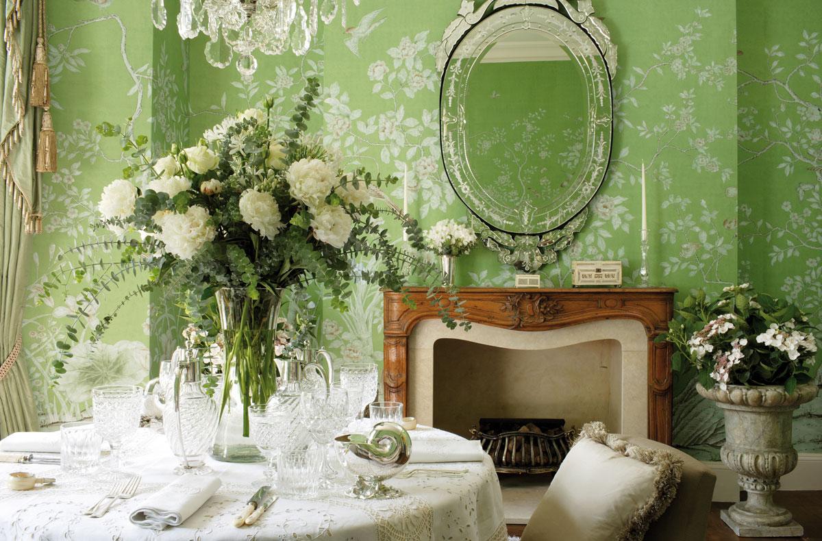 de Gournay wallpaper with Apple Green color