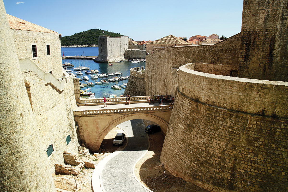 Montenegro_Bond-movie_Bay-of-Kotor