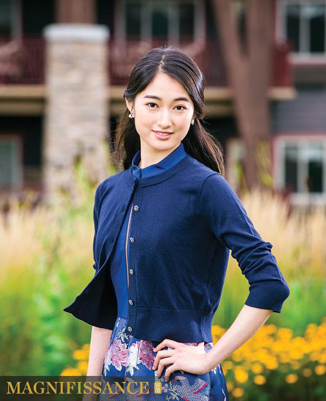 Teresa_Shen Yun Dancer