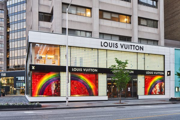 Michael-Muraz---Louis-Vuitton-Toronto-Window-11