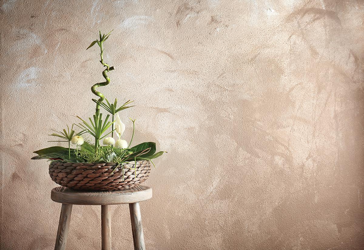 Classical aesthetics shown in Japanese Flower Arrangements